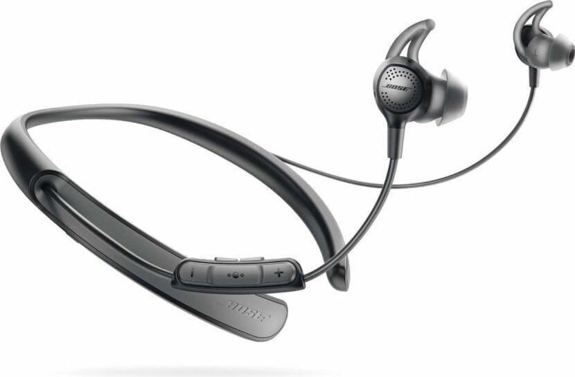 BOSE「QuietControl 30 wireless headphones」の外観