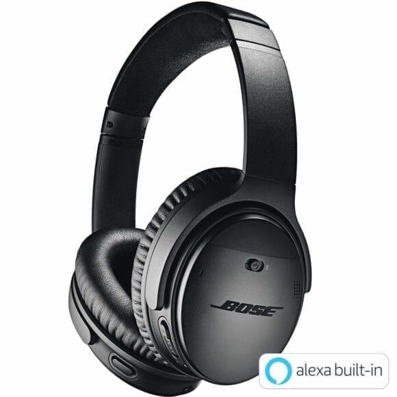 BOSE「QuietComfort35 wireless headphones II」はノイキャン対応ヘッドホンの最高峰に位置付けられる機種です。