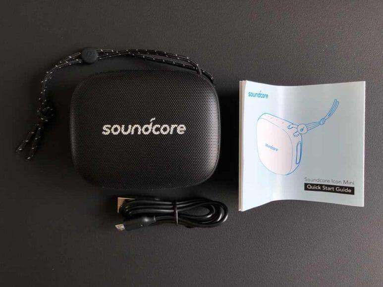 Anker「Soundcore Icon Mini」の付属品。