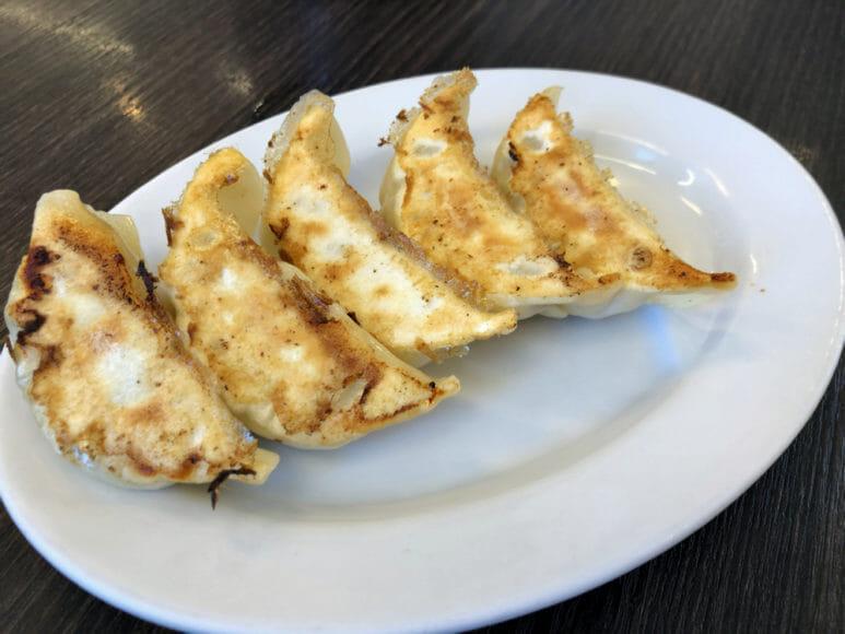 釧路のおいしいラーメン屋さん|北町の密かな人気メニュー「餃子」