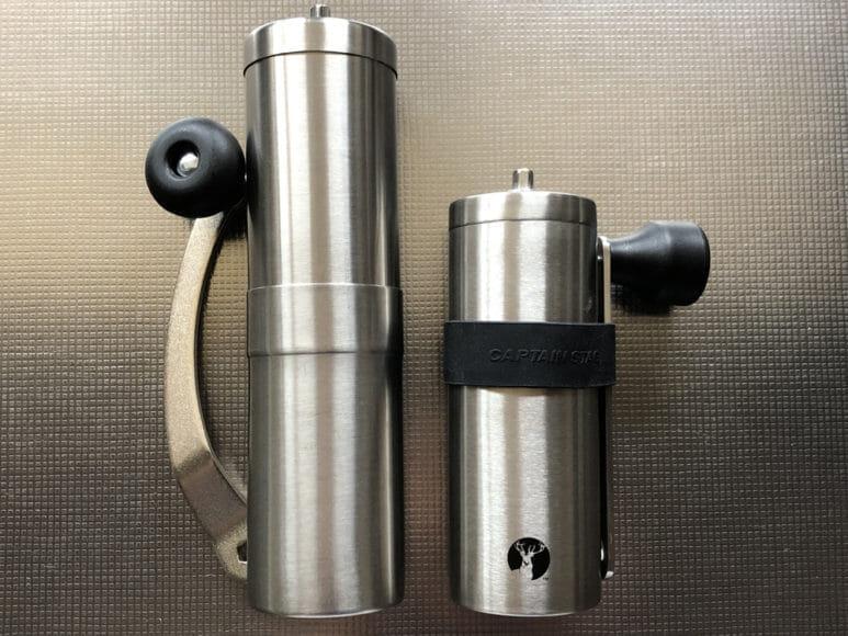 おすすめ手動コーヒーミル:キャプテンスタッグ|キャプテンスタッグのハンドルの方が収納性はコンパクトになる分だけ高いかもしれません。