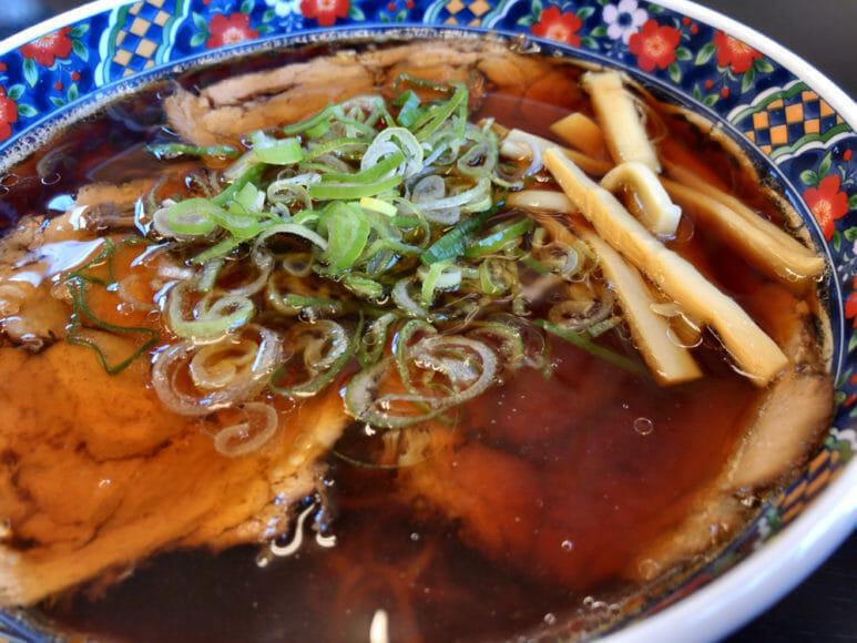 釧路のおいしいラーメン屋さん「夏堀」|あっさりの中にコクのある釧路ラーメン。