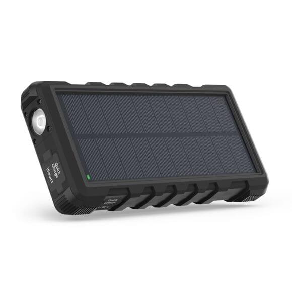 アウトドア向けおすすめソーラー充電器まとめ|ソーラー充電器「コンパクト型」の例
