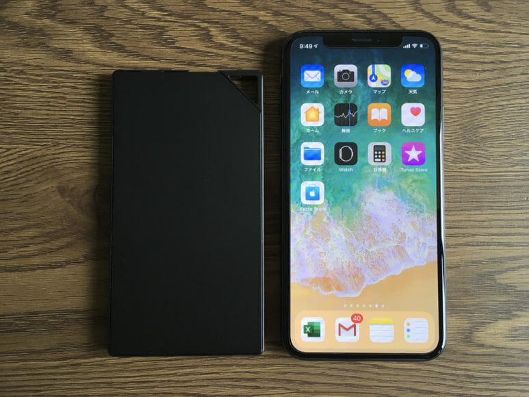 超薄型6mmモバイルバッテリーTNTOR WT-550レビュー|サイズ感をiPhone Xと比較してみました。