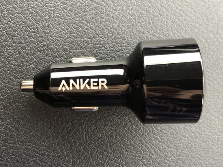 Anker「PowerDrive Speed+2-1 PD & 1 PowerIQ 2.0」レビュー 見た感じは一般的なシガーソケットに挿入するUSBチャージャーと同じ形状。