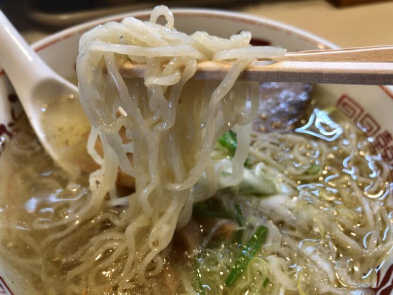 釧路のおいしいラーメン屋さん「河むら」|塩味もいい味出してます。