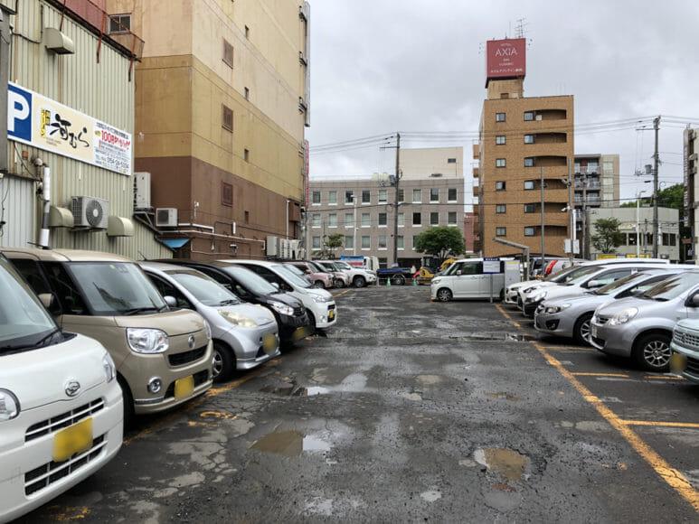 釧路のおいしいラーメン屋さん「河むら」|提携駐車場はお店のすぐ隣にあります。