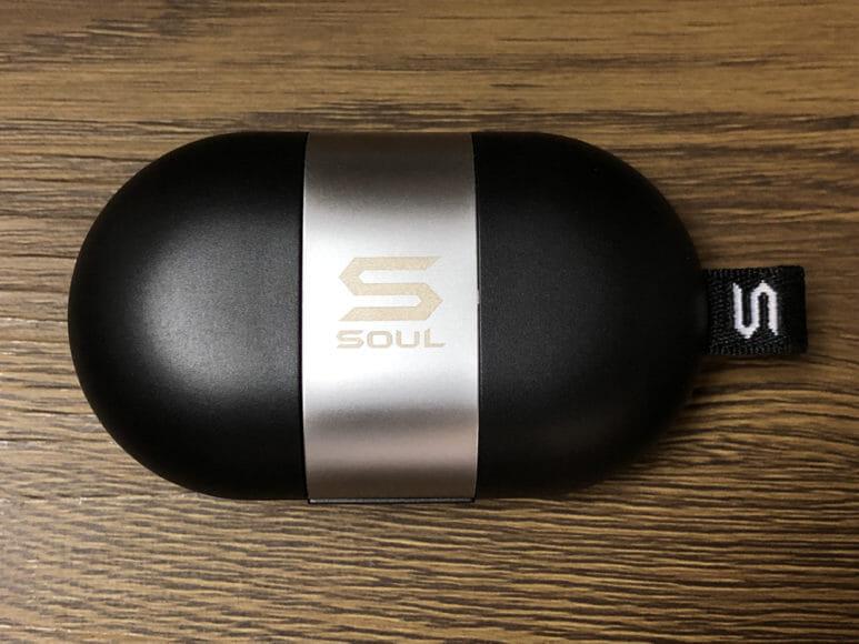 おすすめ完全ワイヤレスイヤホンSOUL「ST-XS2」レビュー|充電ケースもかなり特異なデザイン。