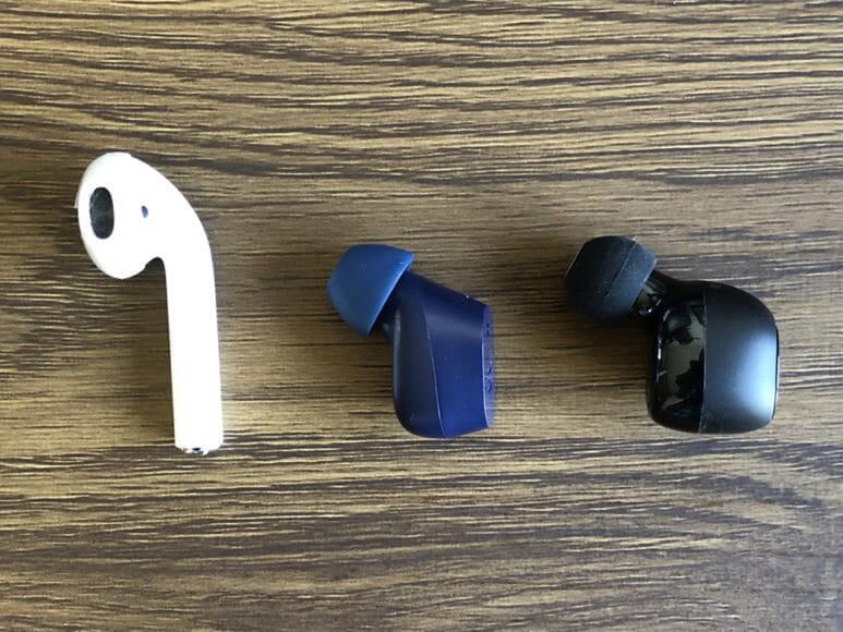 おすすめのBluetoothイヤホンSOUL「ST-XX」レビュー|それにしてもイヤホン本体、小さいです。 AirPodsや同タイプの形状をしたMpow「T5」あたりと比べると、その小ささは一目瞭然。