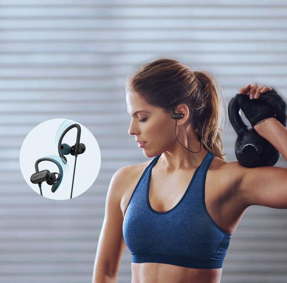【Anker Soundcore Spirit Xレビュー】18時間再生&急速充電で完全防水!スポーツに最適なイヤーフック搭載おすすめワイヤレスイヤホン|二千円台前半は衝撃!!|優れているポイント:激しい動きにも対応できる良好な装着感