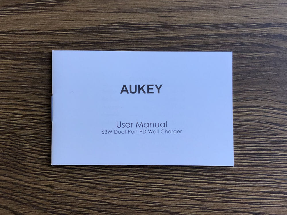 【Aukey PD対応急速充電器PA-D5レビュー】Anker Atom PD2より高コスパ!スマホ&PC二台持ちの方に最適なPD対応USB-Cポートを二つ搭載した急速充電器|付属品