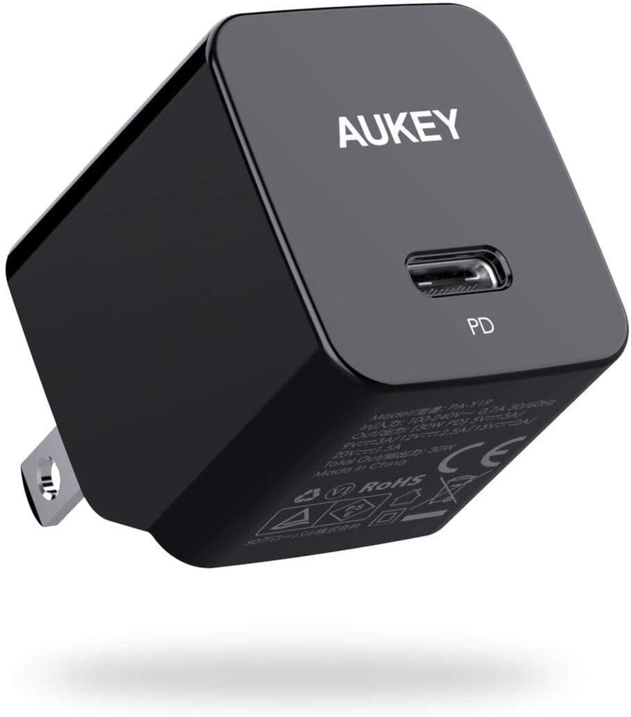 【Aukey PA-Y19レビュー】Ankerを上回るサイズと使い勝手!PD対応USB-Cポート搭載でスマホ・ノートPCを急速充電できる世界一コンパクトな急速充電器|製品の公式画像