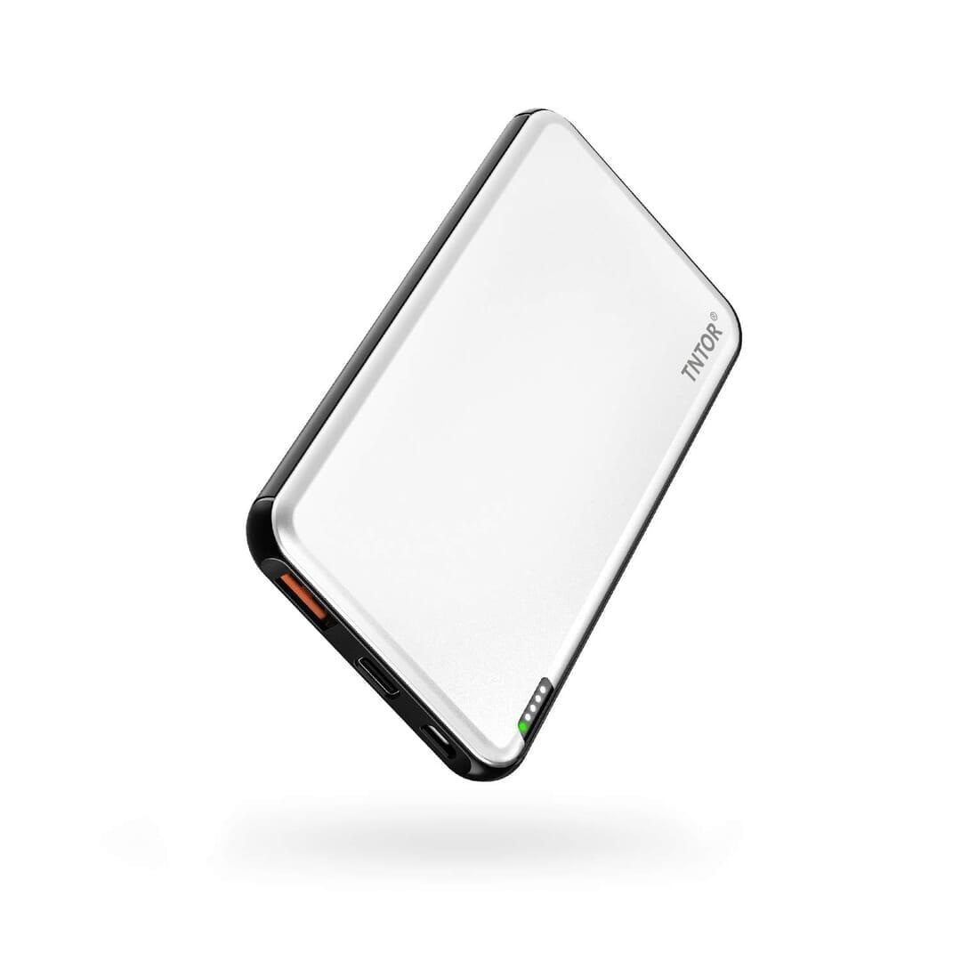 【TNTOR 超薄型モバイルバッテリーTN-10PDレビュー】10000mAhクラス最小最軽量で携帯性抜群!PD対応急速充電も可能なコスパ最強モバイルバッテリー 製品の公式画像