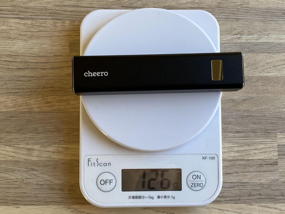 【Cheero Power Plus 5 Stickレビュー】わずか125gの超軽量小型!PD対応18W急速充電も可能で蓄電残量のデジタル表示が嬉しいUSB-Cモバイルバッテリー|外観:何といっても軽いです。わずか126g。