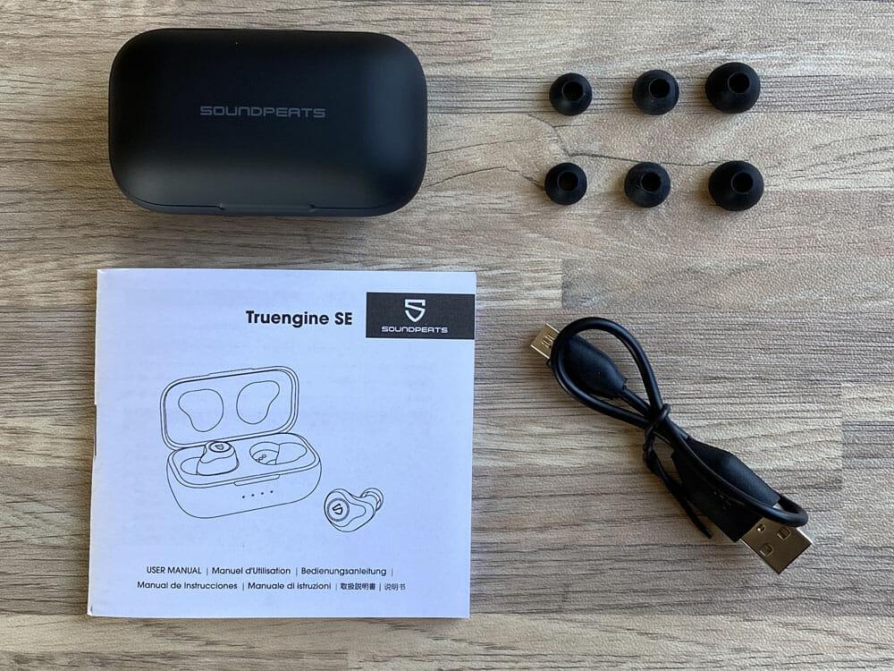 【SOUNDPEATS Truengine SEレビュー】デュアルドライバーの圧倒的音質!高音質AAC&ATP-X対応でiPhone&androidにおすすめの完全ワイヤレスイヤホン|付属品