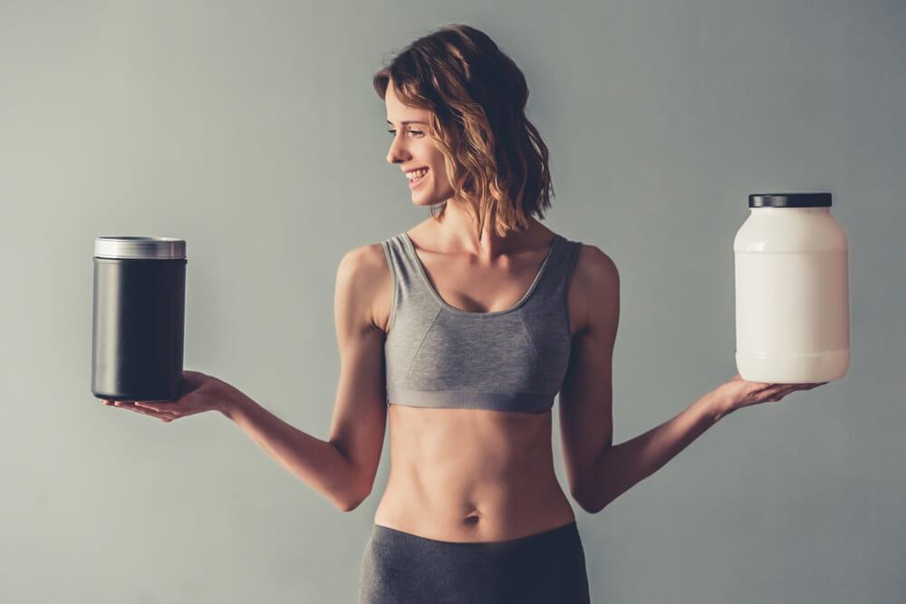 【🍖プロテインとは?】ダイエット効果大の「プロテイン」を飲むタイミングや副作用・デメリットなど一挙解説|そもそもタンパク質を補給する意味や必要性は?|プロテインの選び方