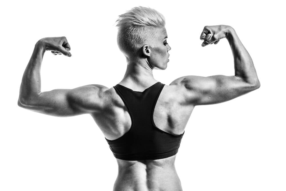 【🍖プロテインとは?】ダイエット効果大の「プロテイン」を飲むタイミングや副作用・デメリットなど一挙解説|そもそもタンパク質を補給する意味や必要性は?|プロテインの効果