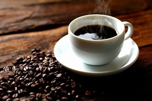 【コーヒーに最適な温度とは】美味しいコーヒーの抽出に適った温度とは?コーヒーの味わいに変化をもたらす温度について|美味しく淹れるなら温度管理は必須|抽出後も変化し続ける味わい
