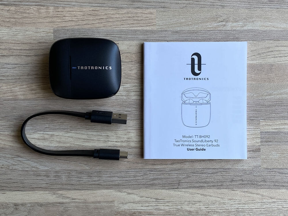 【TaoTronics SoundLiberty 92レビュー】13mm大口径ドライバーで迫力サウンド体験!!インナーイヤー開放型TWS最強のコスパを誇る完全ワイヤレスイヤホン|付属品