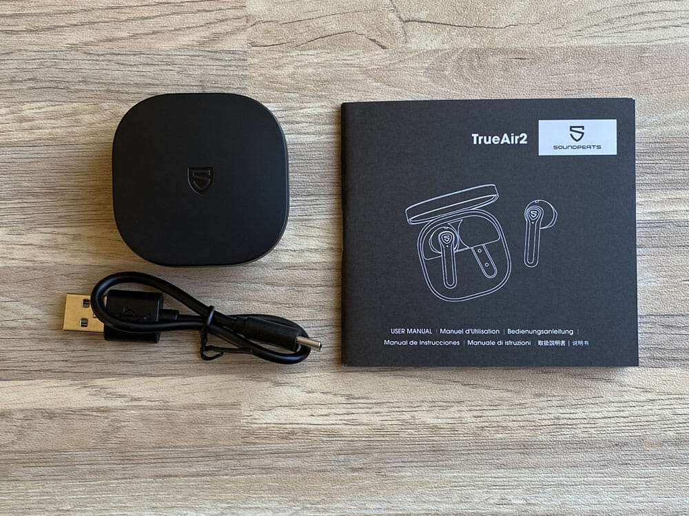 【SOUNDPEATS TrueAir2レビュー】14.2mm大口径ドライバーの圧倒的サウンドと新技術による安定接続が魅力のインナーイヤー型完全ワイヤレスイヤホン|付属品